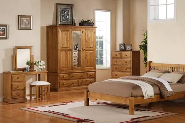 Мебель из дерева сосны