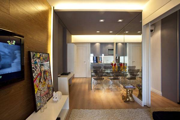 Кухня в маленькой квартире 45 кв. м. (общий вид)