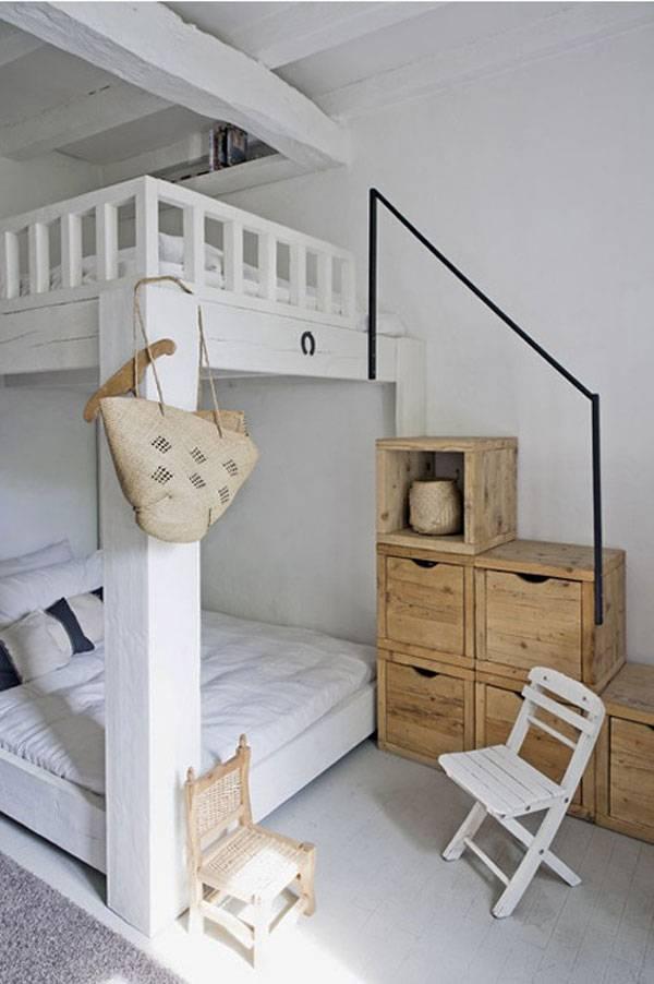Маленькая спальня в 2 этажа