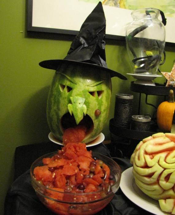 Страшный обед на Хэллоуин