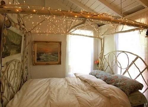 Украшение кровати гирляндой