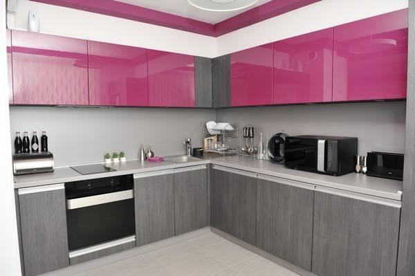 Кухня в маленькой двухкомнатной квартире