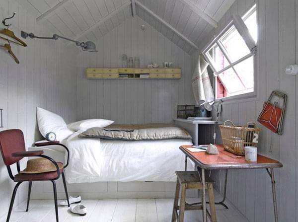 Маленькая спальня на чердаке