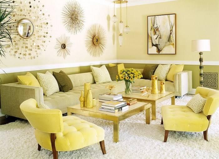 Современная гостиная в желтом и зеленом цвете