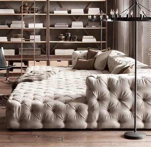 Большой диван без ножек
