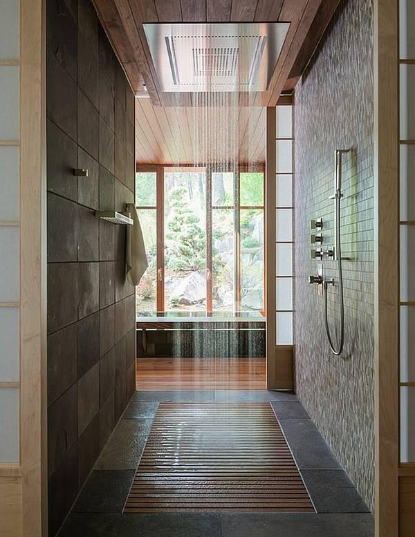 Современный душ в доме