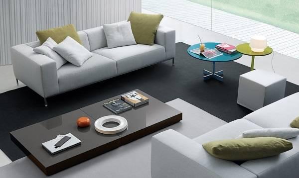 Столики в минималистском стиле