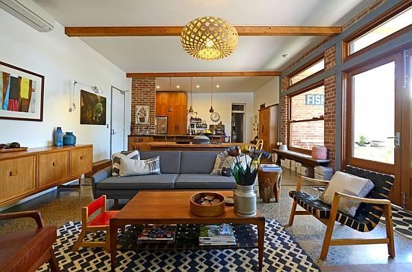 Ретро дизайн гостиной с мебелью из 50-х