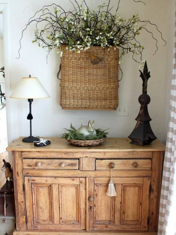 Неокрашенная мебель в деревенском стиле