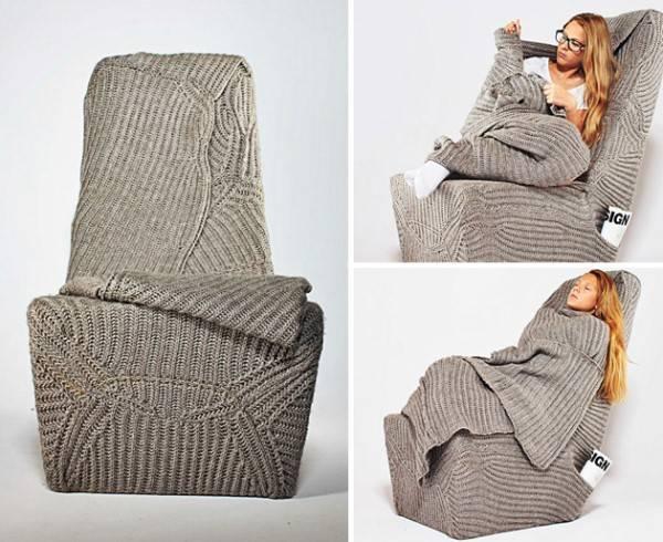 Кресло с трикотажным чехлом