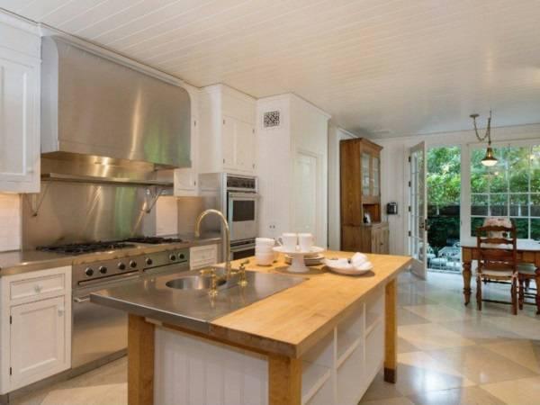 Дизайн кухни в доме Дженнифер Лоуренс