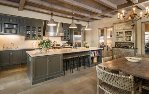 Дом, где живет Леди Гага, дизайн кухни