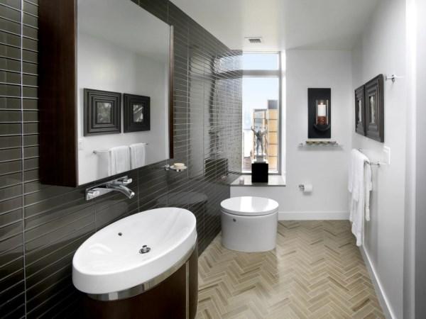 Современная ванная комната с черной плиткой