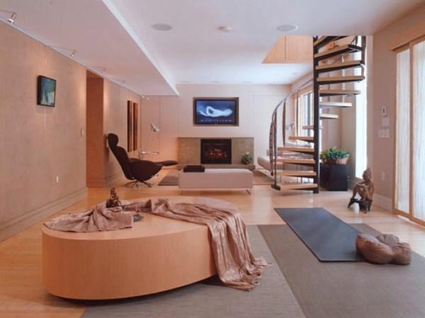 Несколько ковров в интерьере