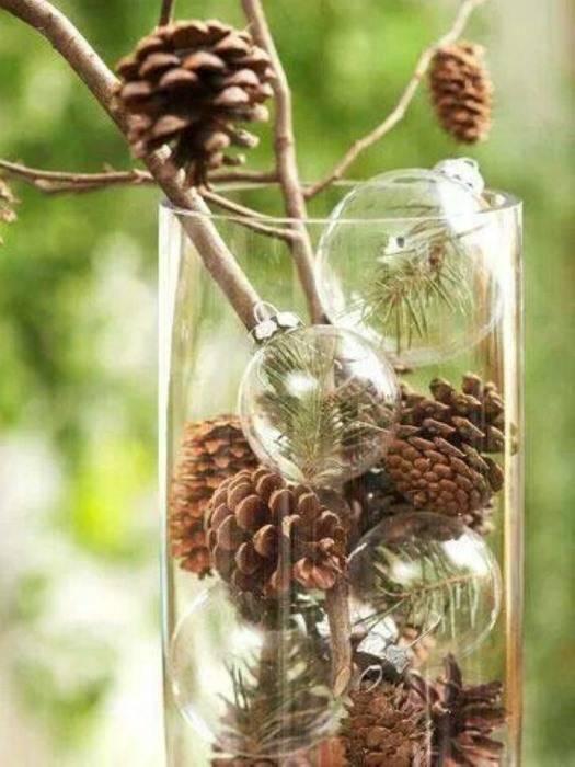 Новогоднее оформление вазы