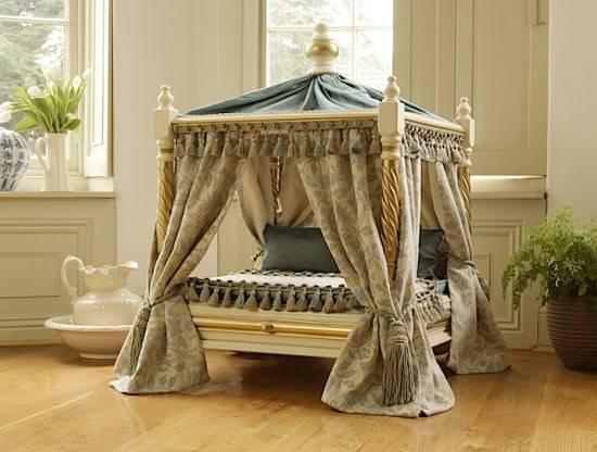 Кровать для кошки или собаки из стула