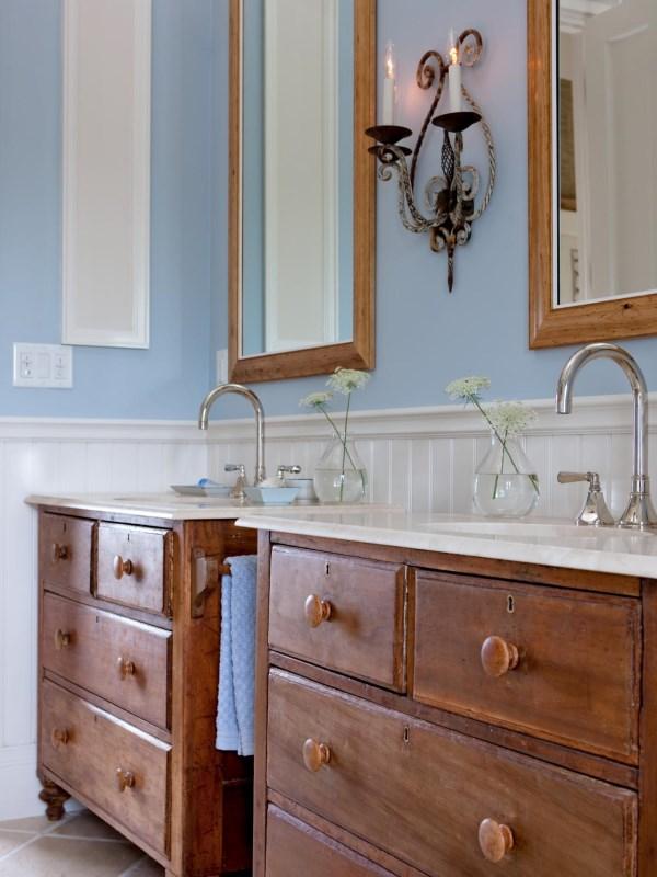 Отреставрированная мебель для ванной