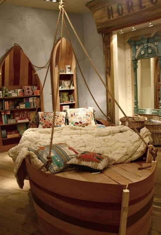 Стильная деревянная мебель для детской