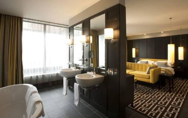 Ванная комната, смежная с гостиной