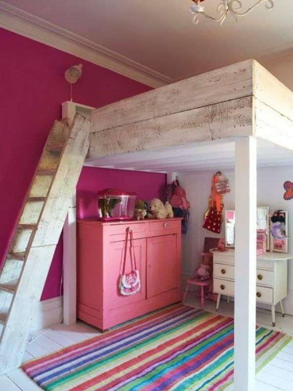 Второй этаж в детской комнате