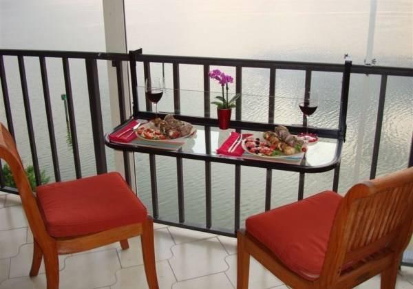 mebel-dlya-nebolshogo-balkona