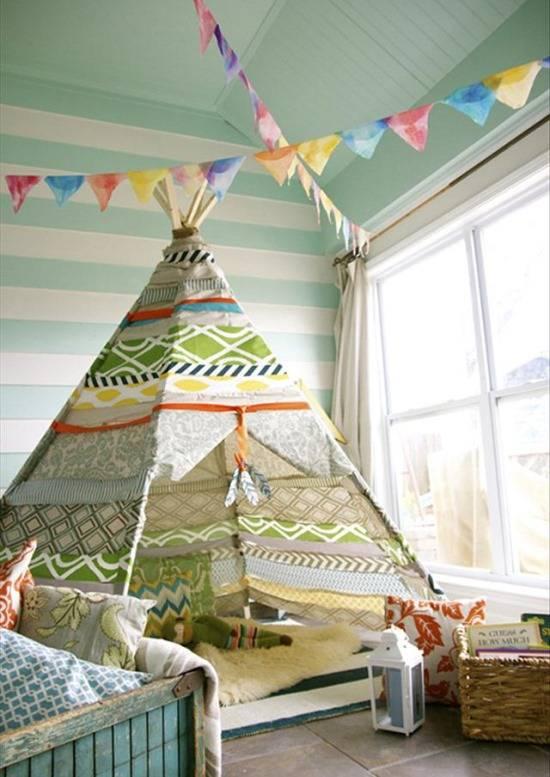 Яркий вигвам для детской комнаты индейца