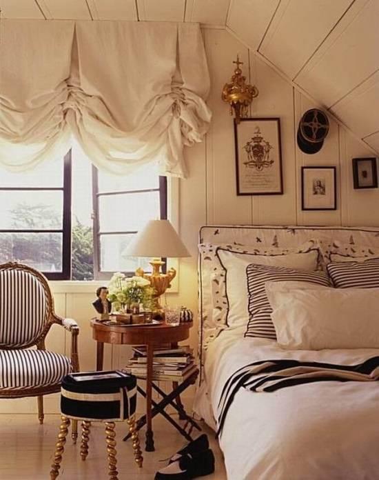 Прекрасный подбор декора для спальни