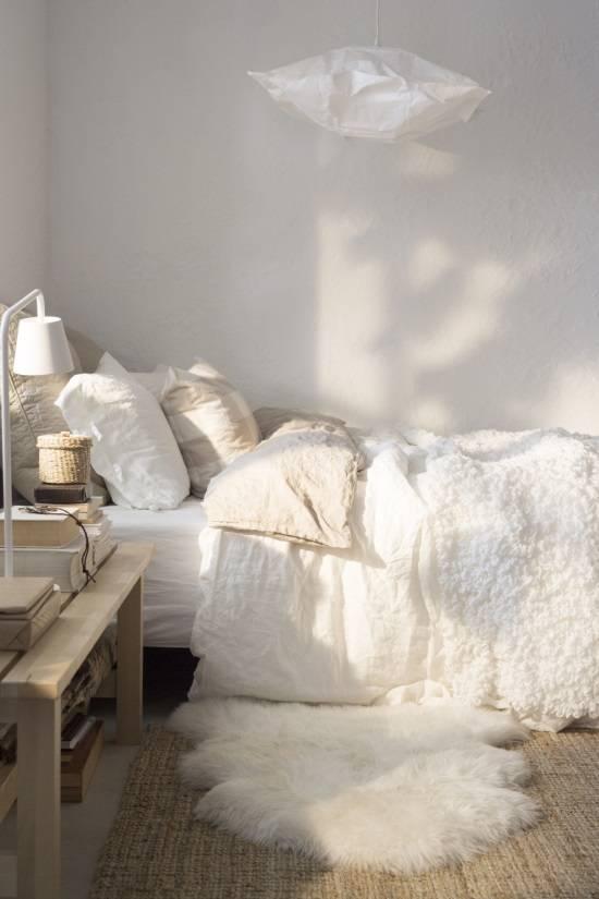 Декорирование спальни в светлых тонах