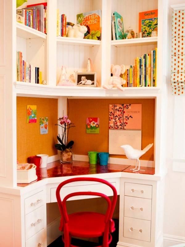 Используем угол детской комнаты правильно