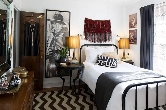 Спальня с односпальной кроватью