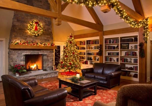 Стильное украшение гостиной на Новый Год