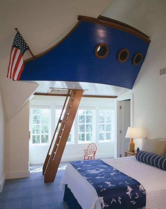 Идея для детской с высокими потолками