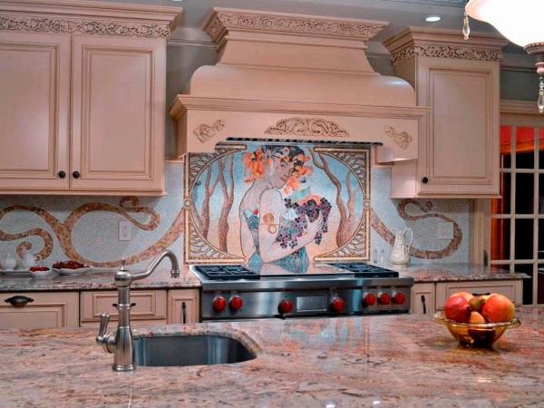 Кухонный фартук в виде красивой мозаики