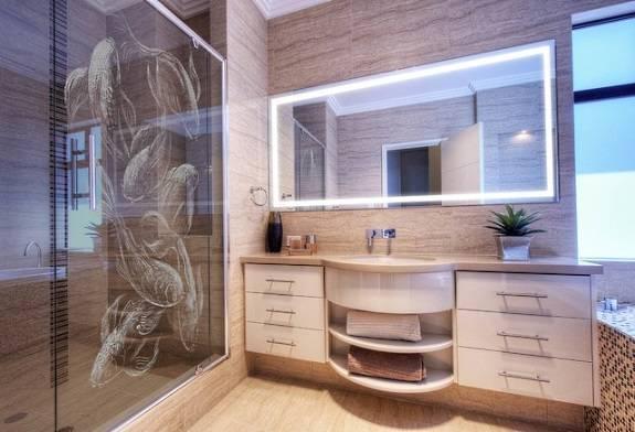 Ванная комната с узорами в китайском стиле