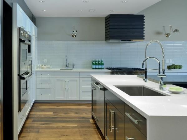Стильный кухонный фартук из плитки