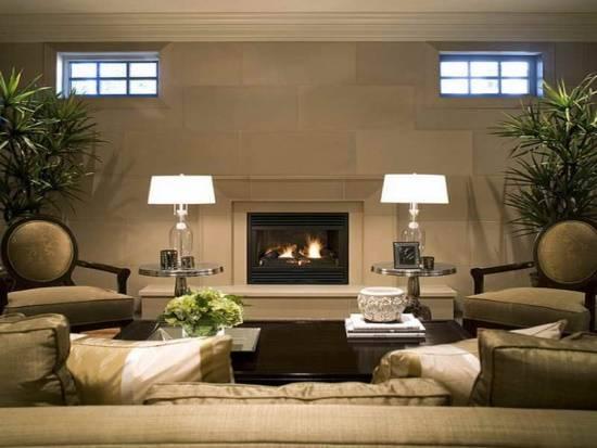 Уютная гостиная с камином