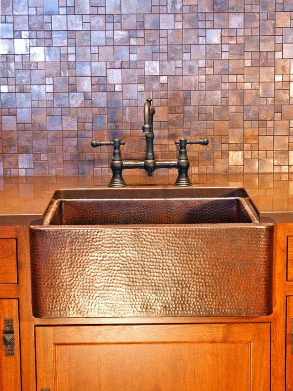 Кухонный фартук из плитки с медным покрытием