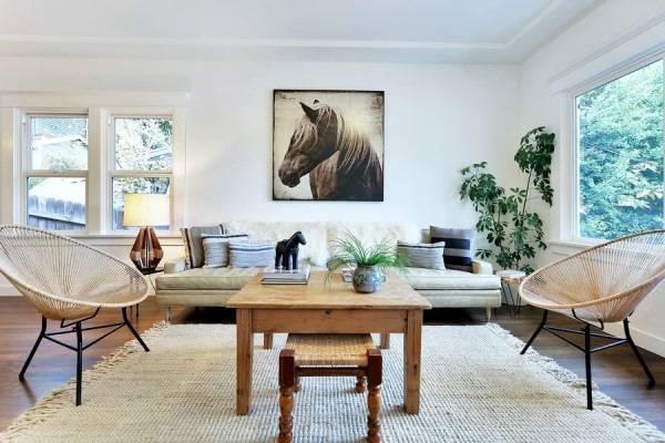 Необычные стулья для гостиной