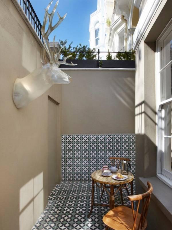 Простой дизайн дворика без растений