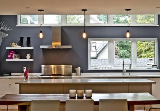 Современная кухня без верхних шкафчиков