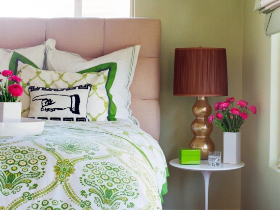 Подушки как украшение кровати
