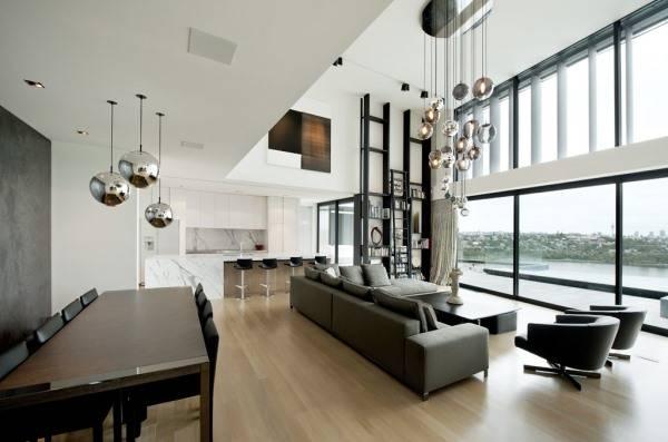 Ультра современная люстра в гостиной