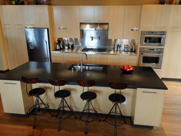 Кухонный фартук из промышленной стали