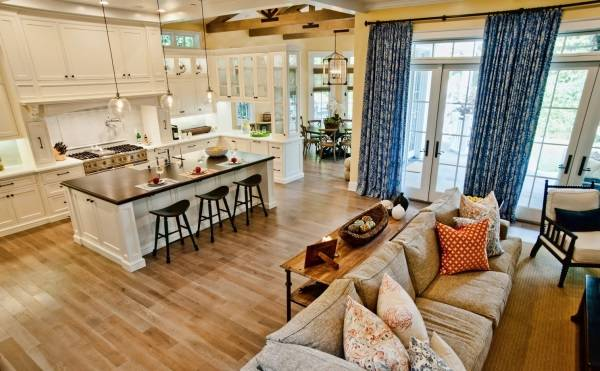 Дизайн дома без стен и перегородок