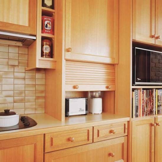 Деревянная мебель для кухни
