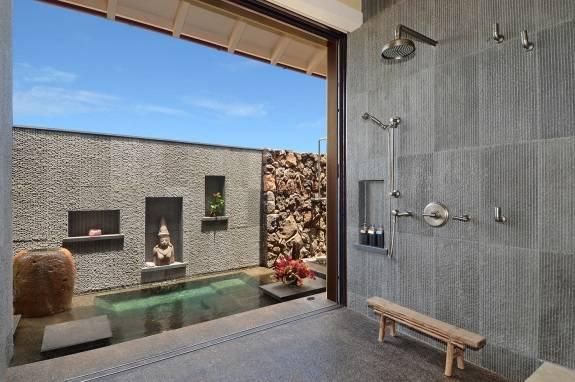 Ванная комната в балийском стиле