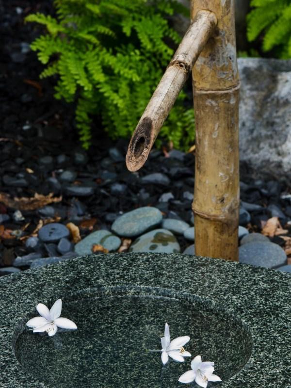 Японский декор в саду