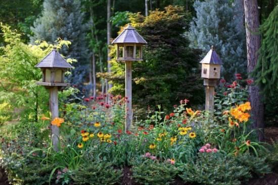 Домики для привлечения птиц в сад