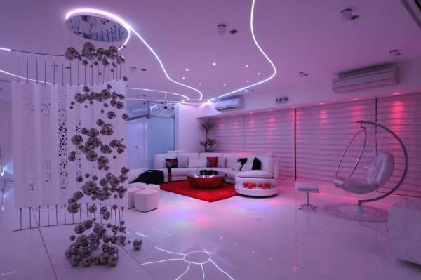 Потрясающее фантастическое освещение комнаты