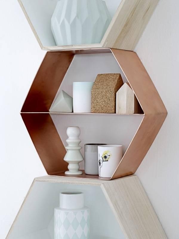 Полки модной геометрической формы